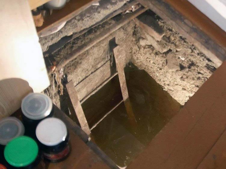Как убрать сырость в подвале гаража?